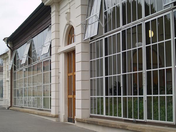 Empírový skleník na Pražském hradě